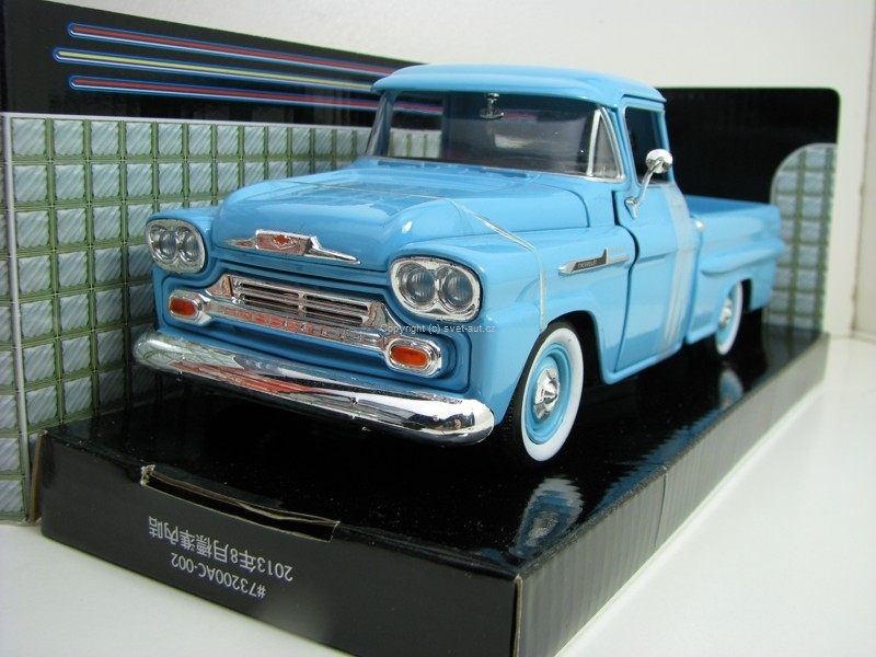 Chevrolet Apache Fleetside Pick Up  1958 Blue 1:24 Motor Max